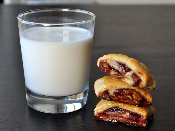 cookie-monster-peanut-butter-jelly-rollup-cookies.JPG