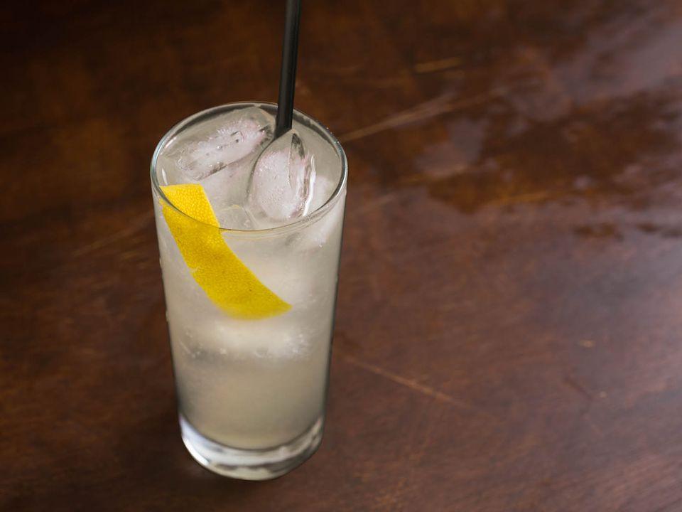 gin, lemon, and soda cocktail