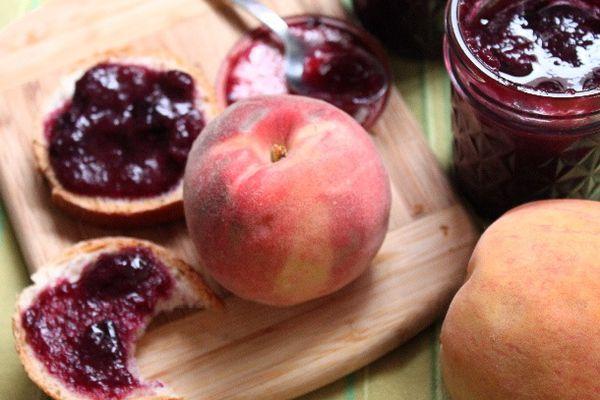 20130822-preserved-blueberry-peach-jam-side.JPG