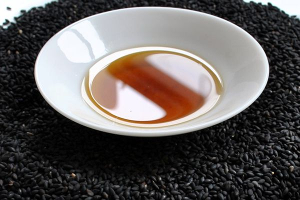 20110217-136931-black-sesame-seeds-big.jpg
