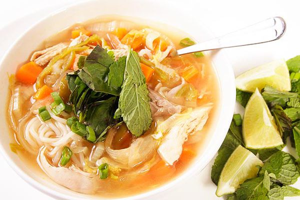 20120320-chicken-noodle-soup-3.jpg