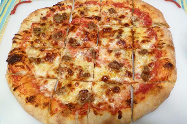 20110517-pizza-surfaces-parchment.JPG