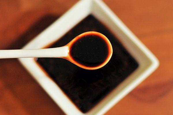 20120304-195704-teriyaki-sauce.jpg