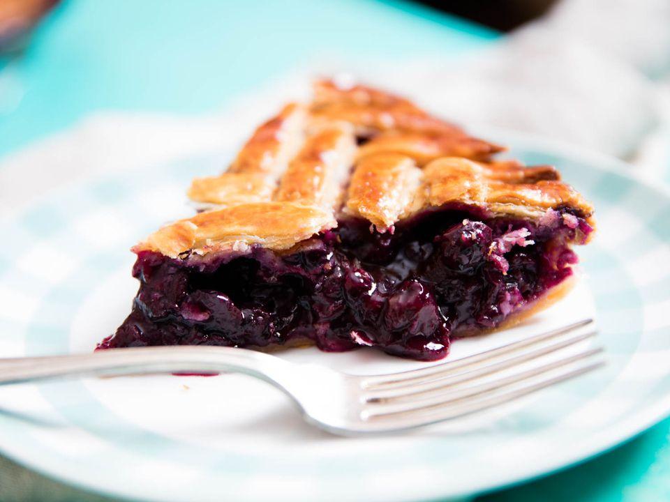20160610-blueberry-pie-vicky-wasik-4.jpg