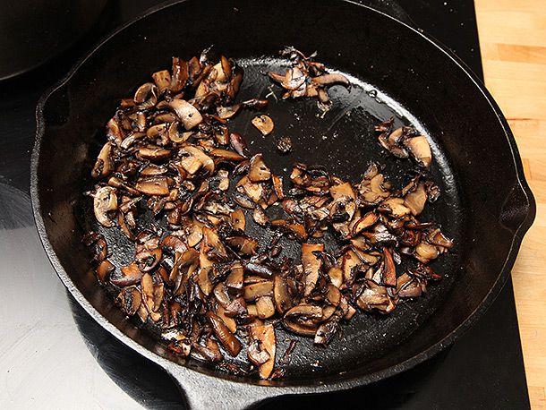 201402130-mushroom-onion-sandwich-vegan-recipe-2.jpg