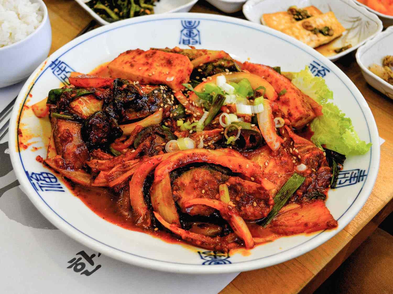 20140721-LA-korean-braised-mackerel-soban-farley-elliott.jpg
