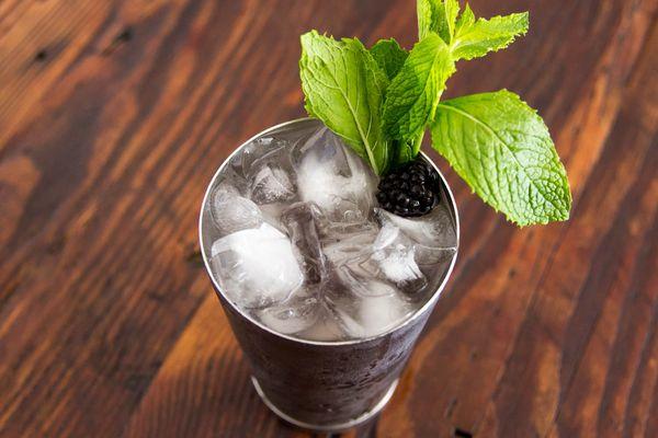 20140620-cocktail-recipe-gin-daisy2-maggie-hoffman.jpg