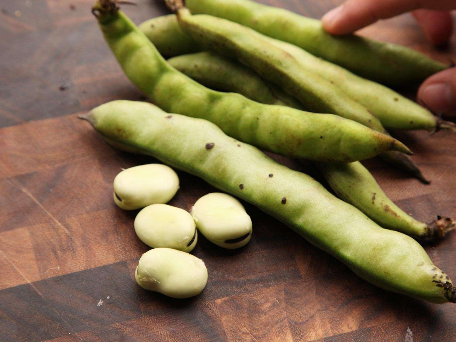 20150504-how-to-prepare-spring-green-produce04.jpg