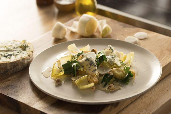 Images 1500x1125_Fourme d'Ambert Salad