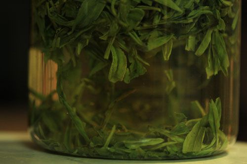 112211-180157-tea-dragon-well-detail-1.jpg