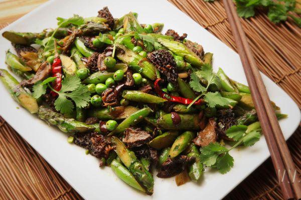 20160504-stir-fry-spring-vegetable-olive-recipe-11.jpg