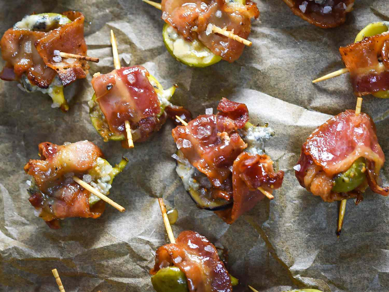 Overhead photo of bacon-wrapped figs.