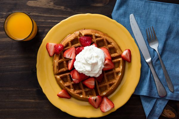 20160329-yeasted-waffles-vicky-wasik-9.jpg