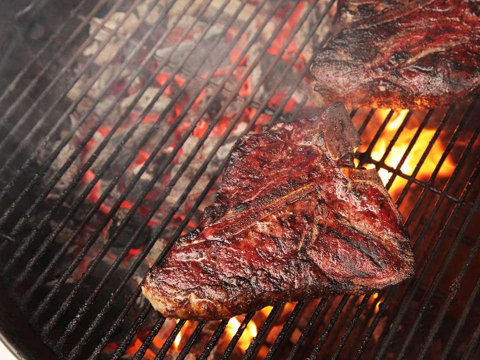20150610-grilling-mistakes-08.jpg