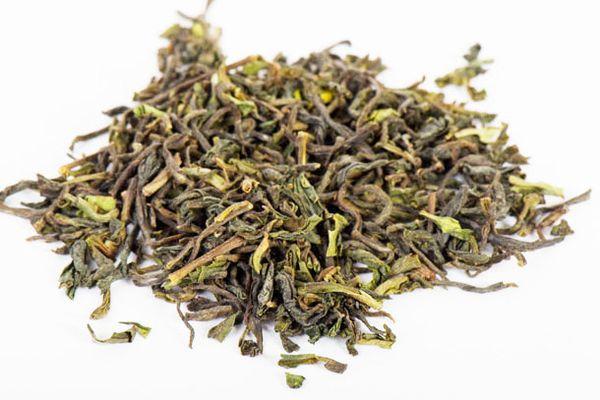 20120613-tea-leaves.jpg