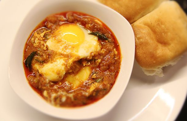 2013.03.01-kerala-style egg roast:gravy.jpg