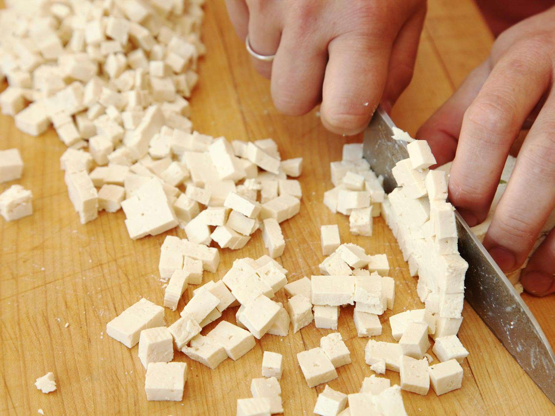 21060307-tofu-pinenut-jicama-lettuce-wrap-recipe-vegan-03.jpg