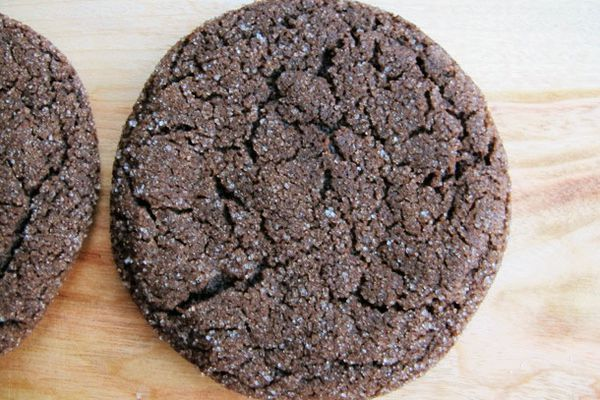 soft chocolate molasses cookies