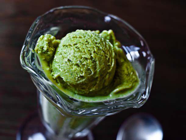 20110806-163799-basil-sweet-corn-ice-cream.jpg