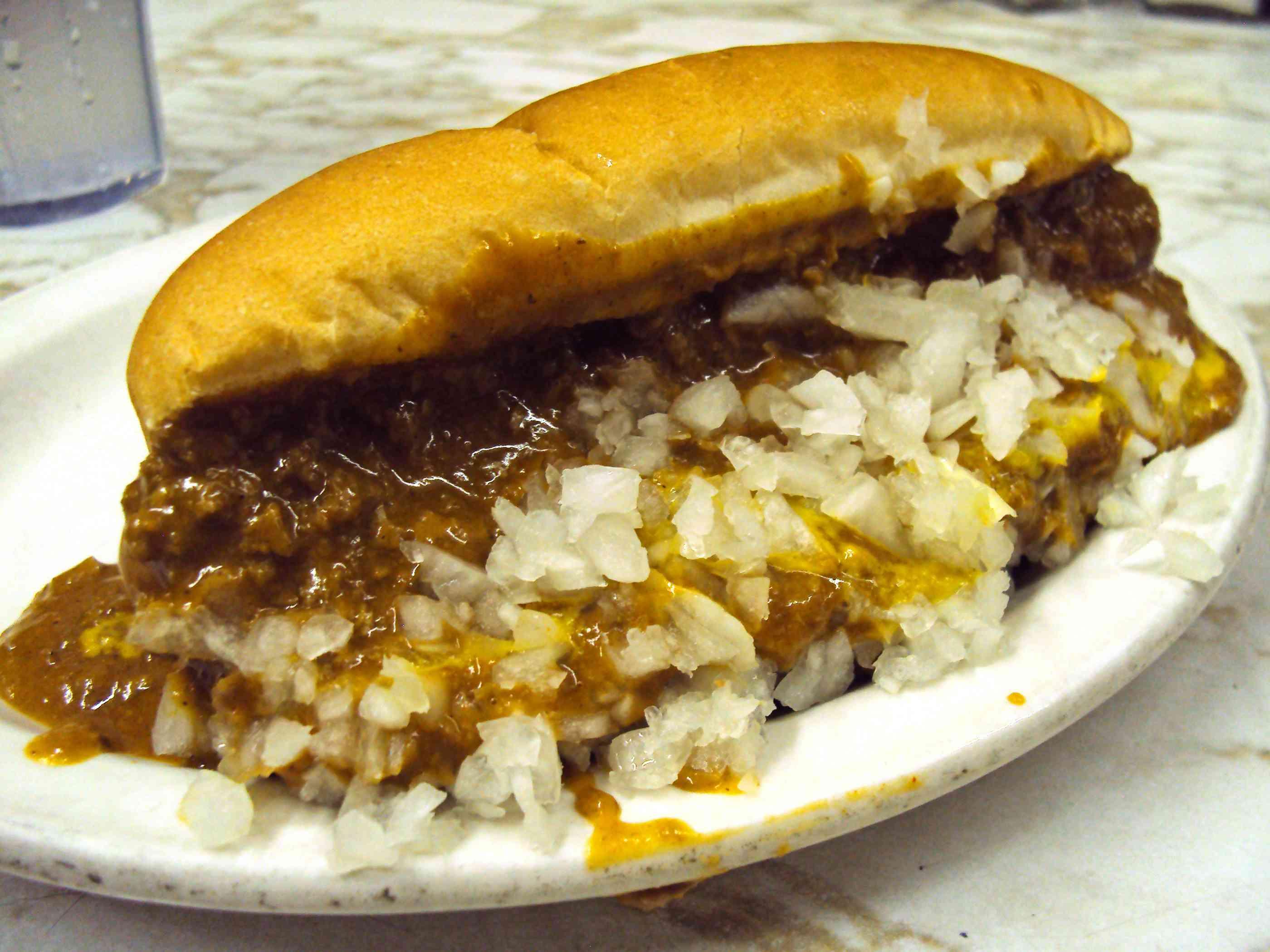 20140701-coney-island-hot-dog-michigan-dulys-coney-dog-detroit-titus-ruscitti.JPG