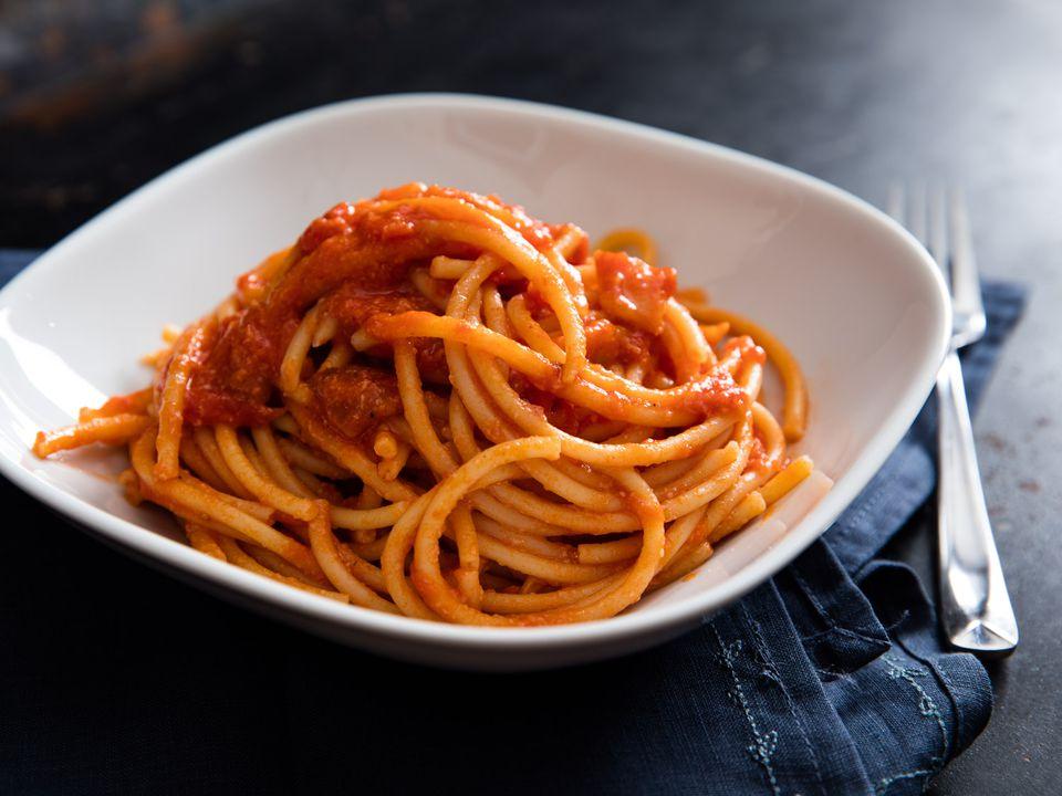 20160209-amatriciana-pasta-vicky-wasik-017.jpg