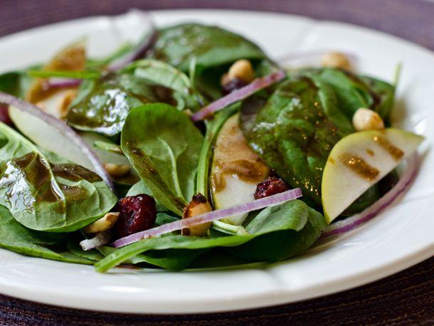 2012-12-19-spinach-pear-hazelnut-salad.jpg