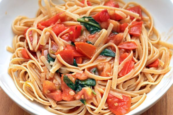 20120906-dt-alice-waters-whole-wheat-pasta-with-tomato-vinaigrette.jpg