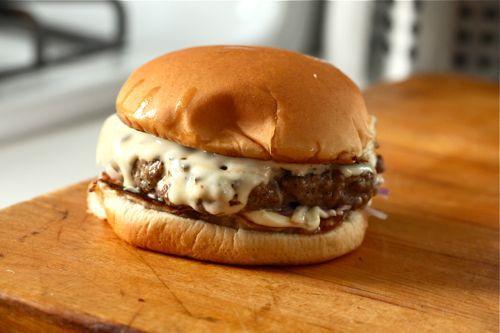 20110921-cheese-slices-burger-lab-23.jpg