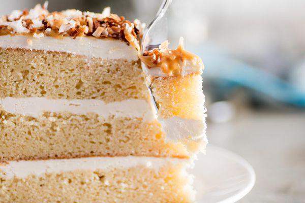 20170410-coconut-dulce-chocolate-ganache-layer-cake-vicky-wasik-8.jpg