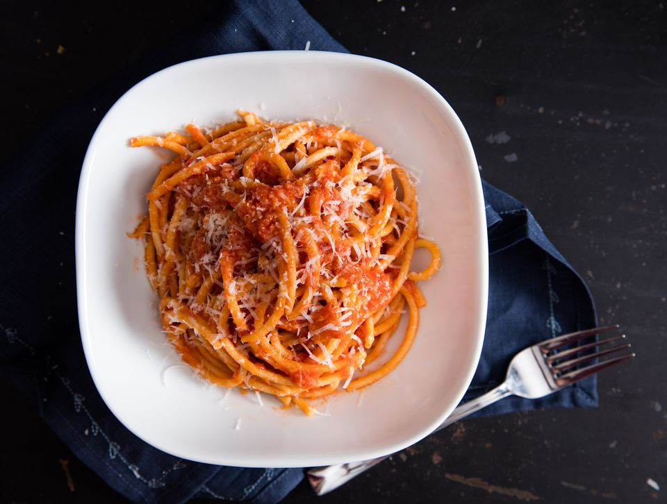 20160209-amatriciana-pasta-vicky-wasik-018.jpg