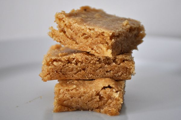 20130711-cookiemonster-brownbutterblondies.JPG