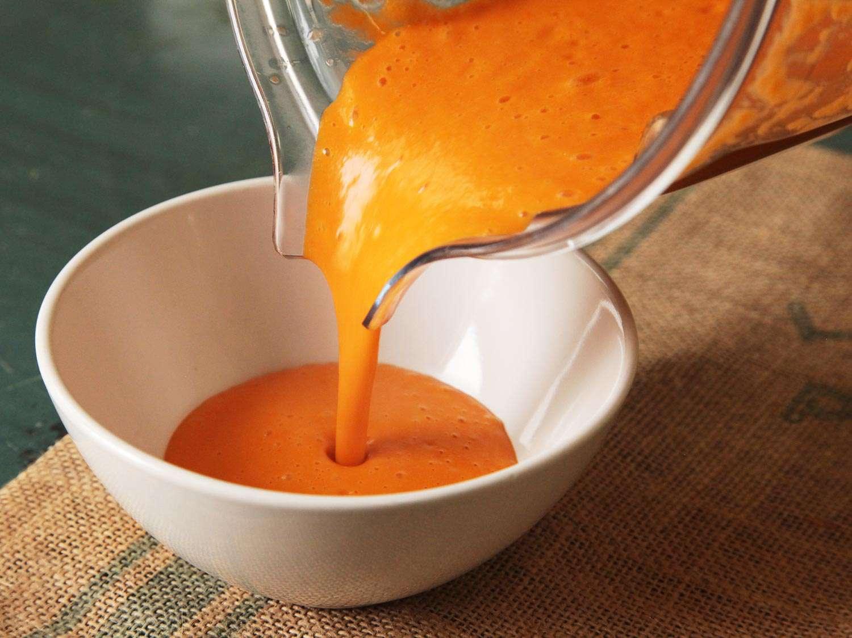 20151209-blender-tomato-soup-recipe-1.jpg