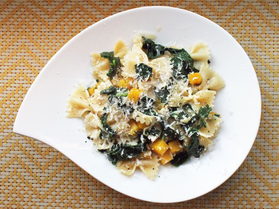 20131022-one-pot-wonders-kale-pumpkin-pasta.jpg