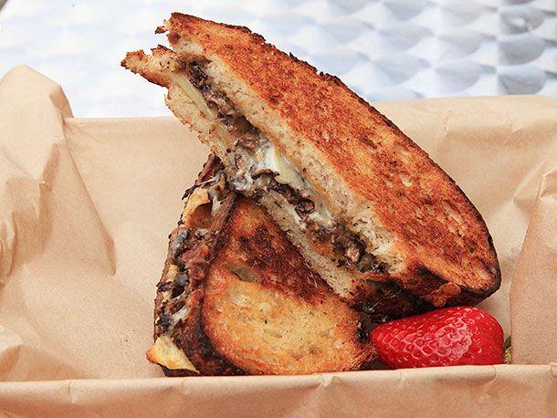 20130905-america-grilled-cheese-san-francisco-sandwich-2.jpg