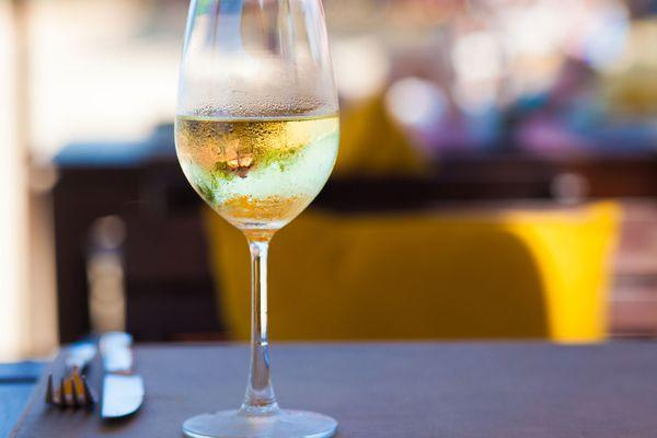 wine-glass-shutterstock_188646359.jpg