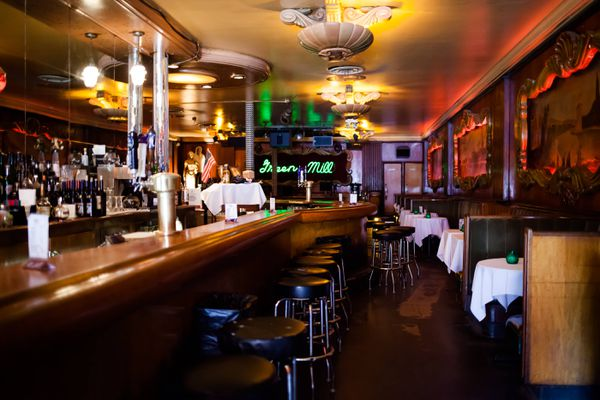 A bar in Chicago