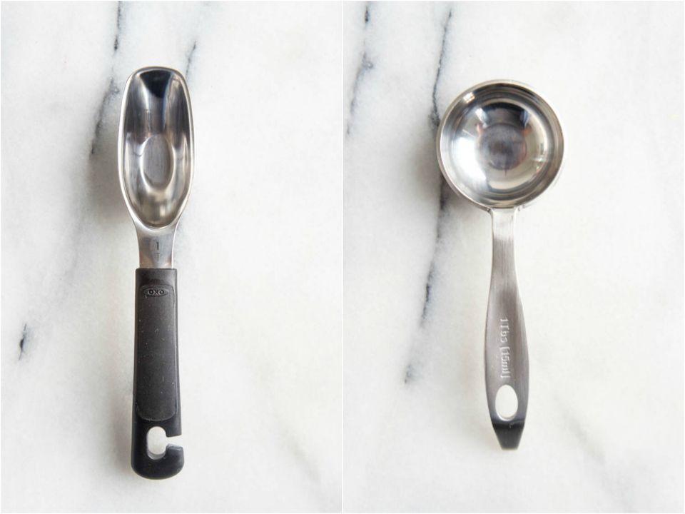 20170917-measuring-spoons-vicky-wasik-amco-oxo-head.jpg