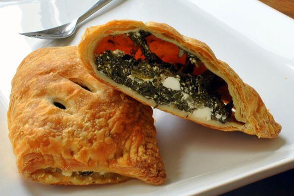 20110303-140133-spanokopita-spinach-cheese-pie.JPG