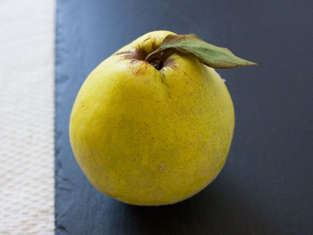 20131127-275193-quince-syrup-quince.jpg