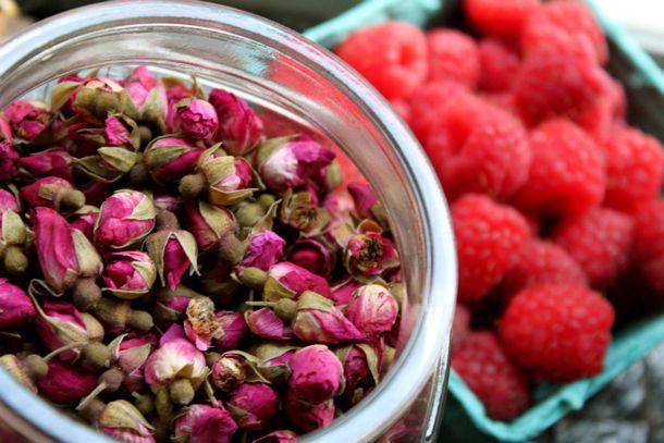 20130718--preserved-raspberry-rose-jam-3.jpg