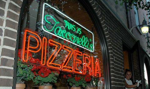 20081021-taconelli%27spizza.jpg