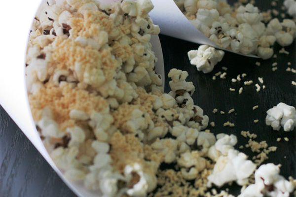 20110927-pepperoni-popcorn-modernist-eats.jpg