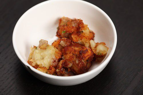 20110325-food-lab-tater-tots-busted.jpg