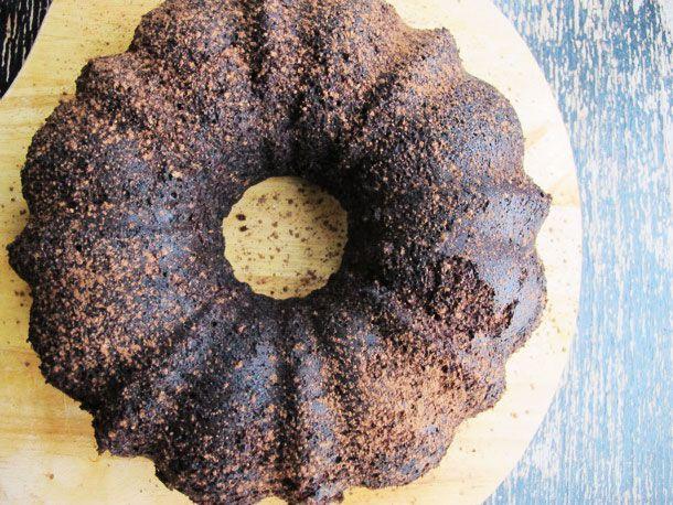 20130227-242467-chocolate-stout-bundt-cake-edit.jpg