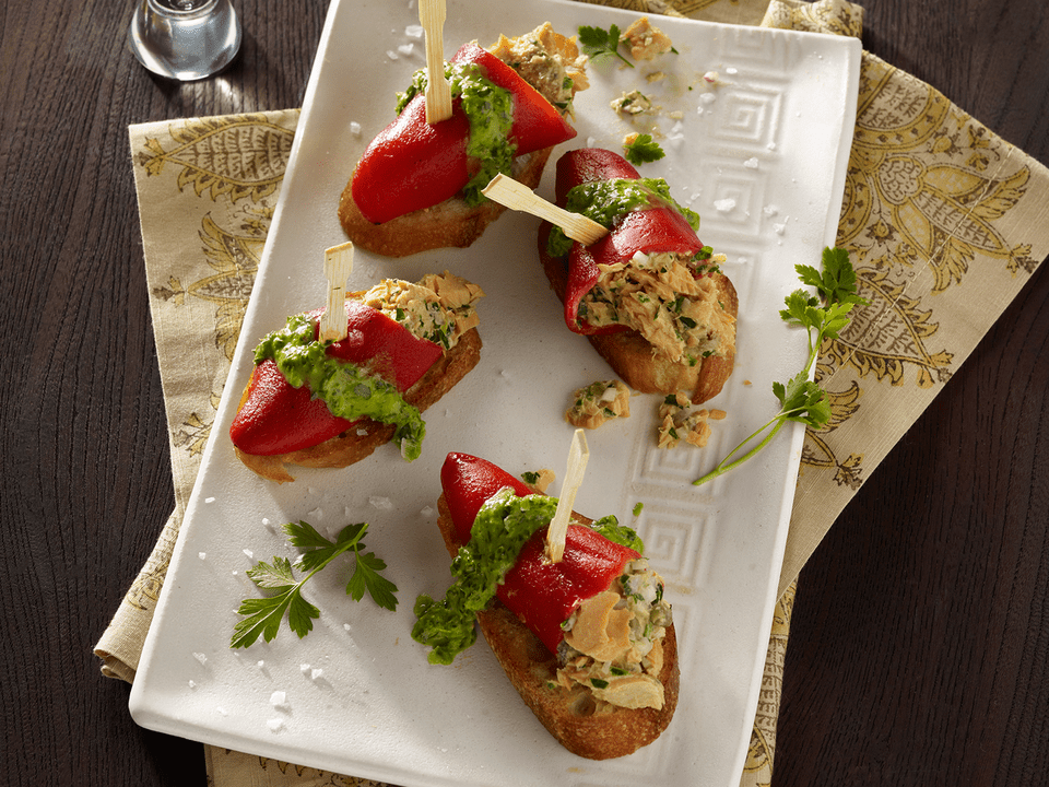 CannedSalmon_PiquilloPeppers_581_SE.jpg
