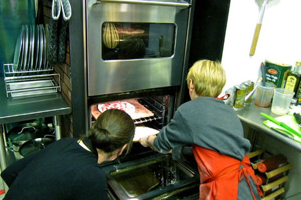 20101122-pac-into-the-oven.jpg