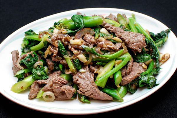20150316-stir-fry-beef-with-chinese-broccoli-shao-zhong-12.jpg
