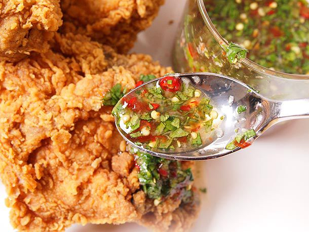 20120305-fried-chicken-sauces-easy-seven-minutes-or-less-3.jpg