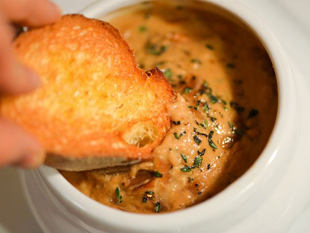 20140121-280751-six-quesos-french-onion.jpg