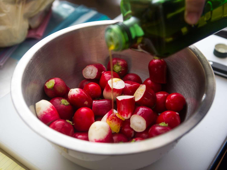 20151202-roasted-radishes-vicky-wasik-002.jpg